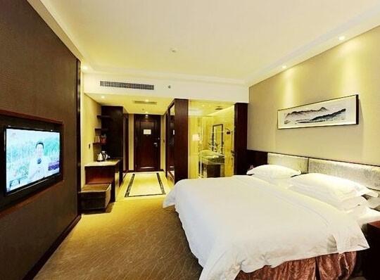 资兴雄鑫豪廷酒店,东江湖畔的美景房,可定东江湖门票